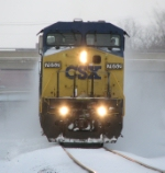 CSX 7652 Head on